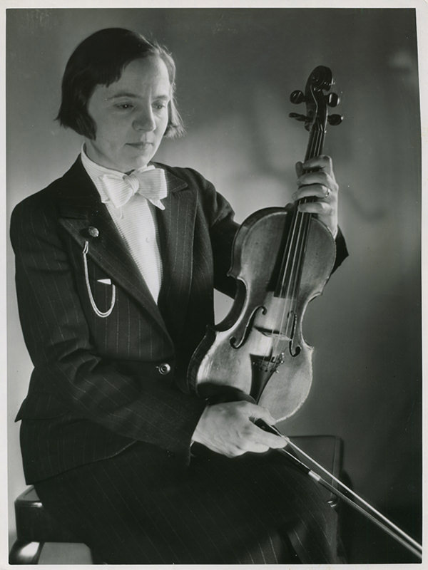 Black and white photo of Sonia Eckhardt-Gramatté taken in 1936