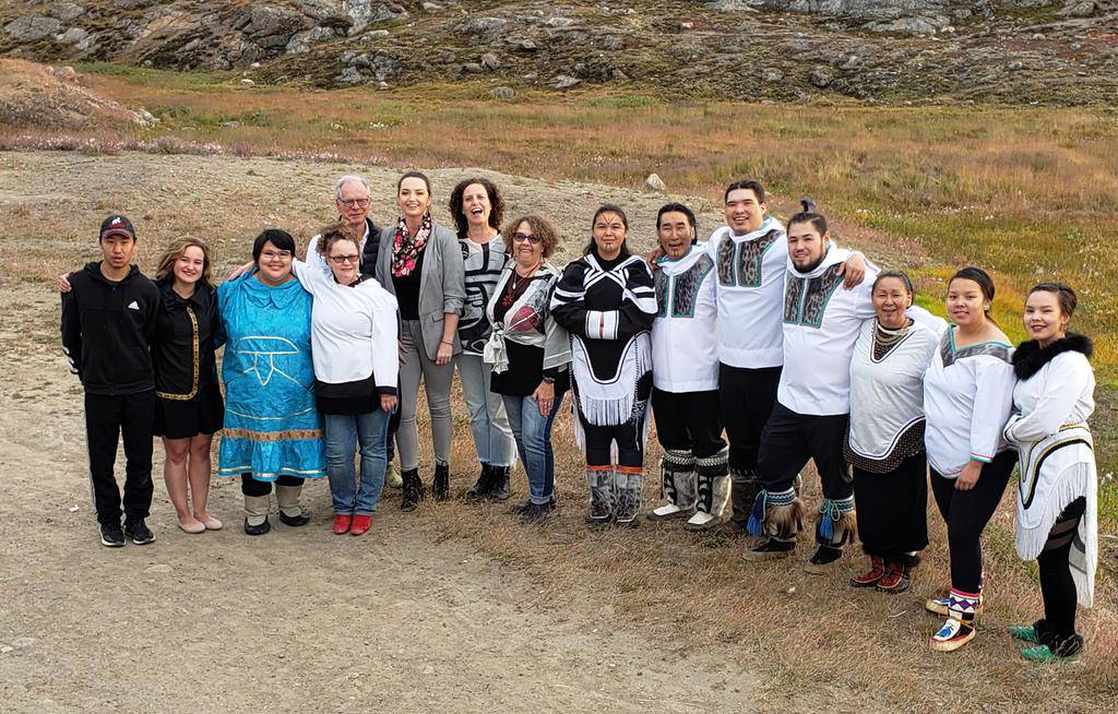 Simon Brault, director and CEO of the Canada Council, with members of Qaggiavuut (Iqaluit, Nunavut)